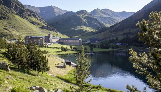 Este 2021 disfruta de la naturaleza y el deporte en Vall de Nuria.